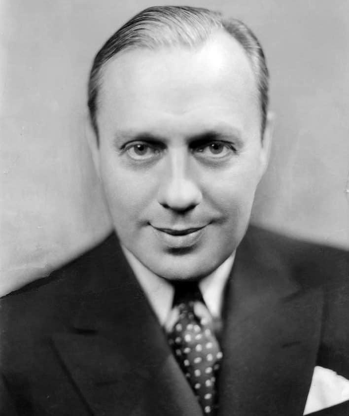 jack_benny_1933_publicity_photo